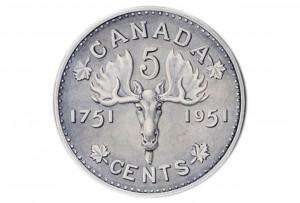 Représentation d'un orignal sur une pièce de monnaie