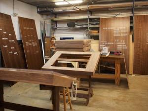 Atelier et panneaux de bois