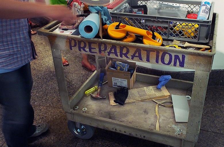 Chariot rempli d'outils