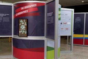 Panneaux d'exposition et écran