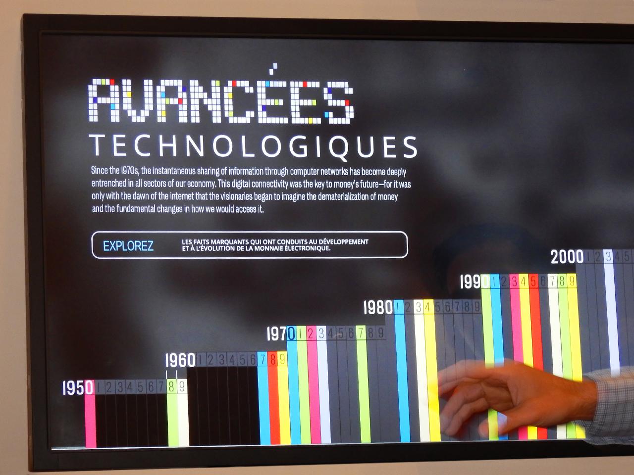 écran avec dates et colonnes en couleurs