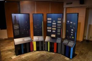 présentoirs à pièces de monnaie et à billets de banque