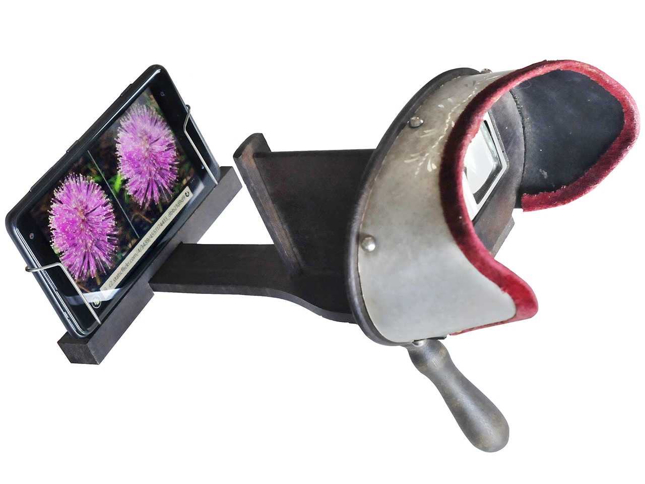 stéréoscope de l'époque victorienne adapté pour le téléphone intelligent