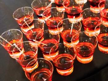 cocktails rouges avec mûres