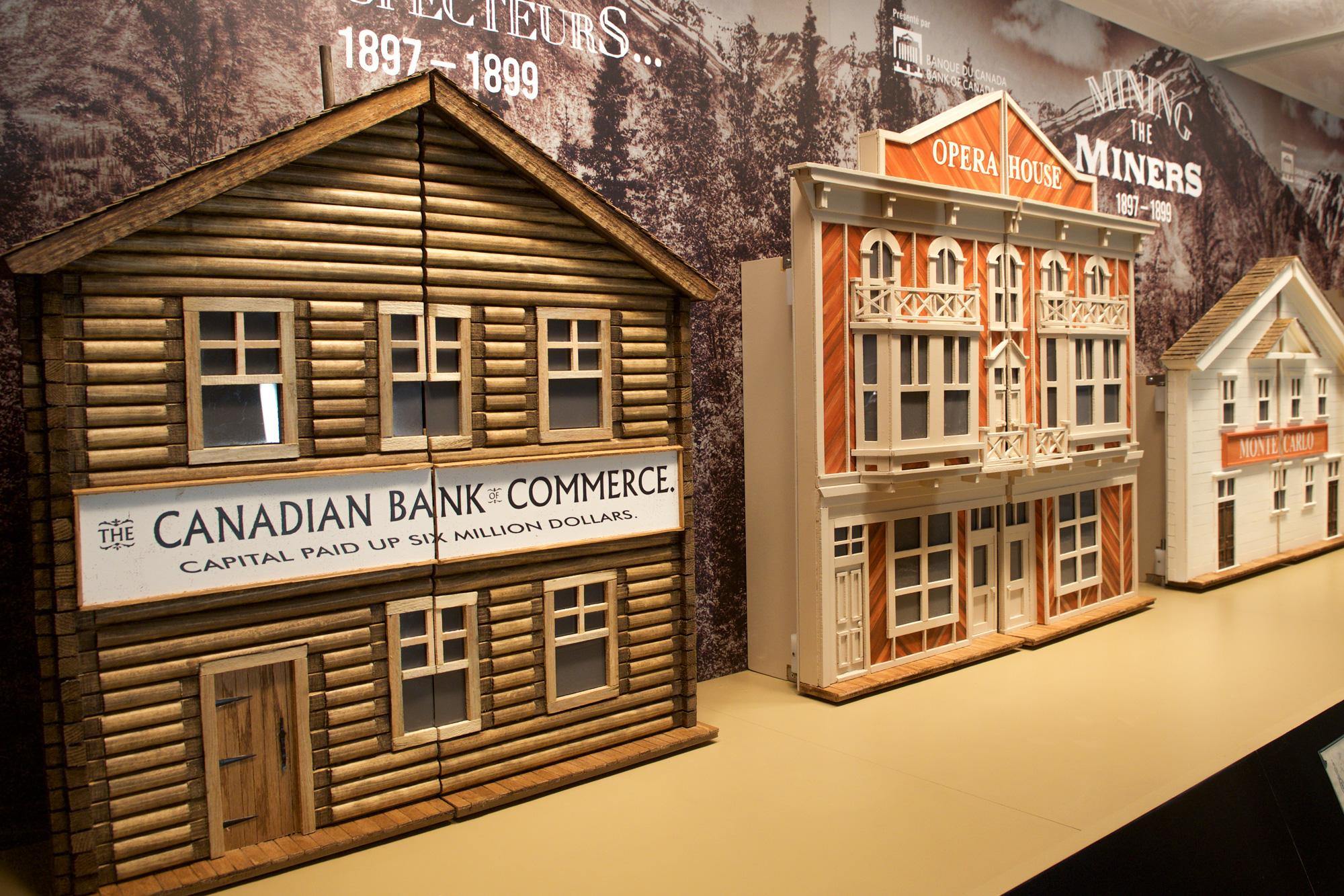 diorama de bâtiments de style « boomtown »
