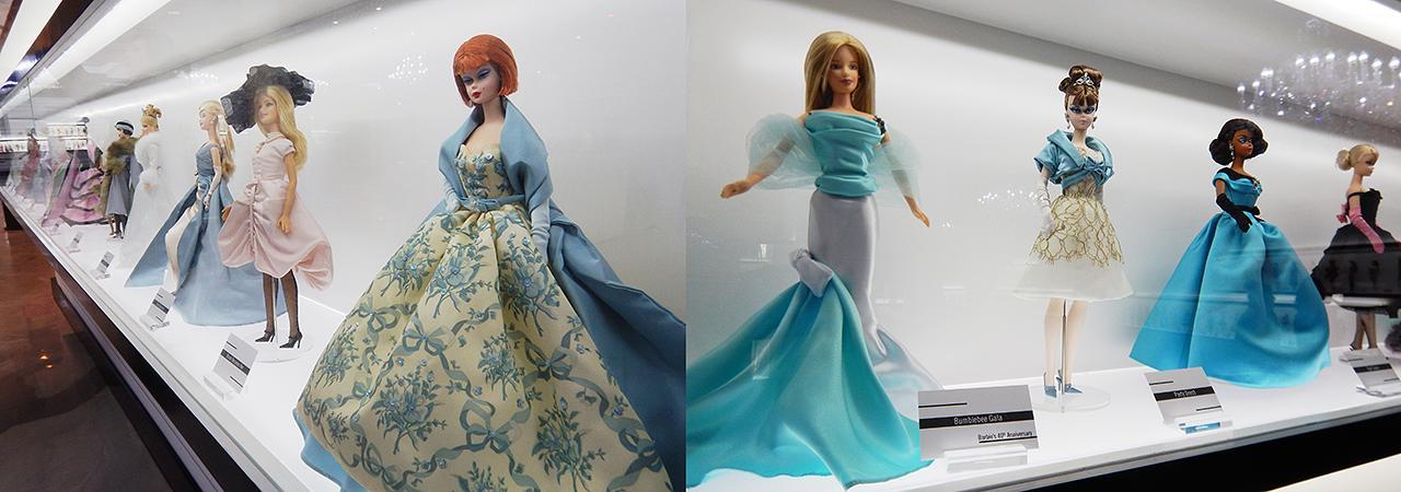 poupées dans une vitrine
