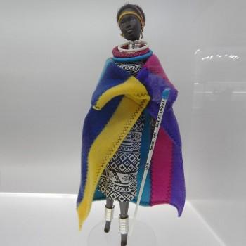 poupée en costume traditionnel ndébélé