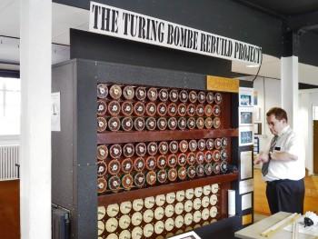machine comportant des dizaines de rotors en façade