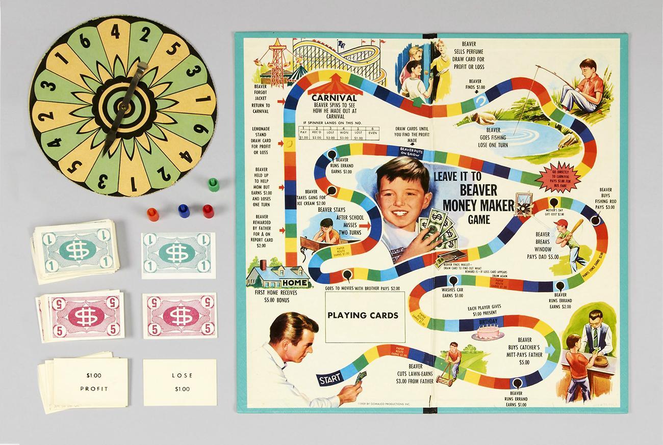 Jeu de société illustré d'un parcours coloré et de dessins d'un jeune des années 1950 vivant différentes aventures.